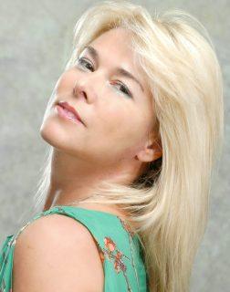 FEDERICA ZENONI modella attrice - Start Up Management