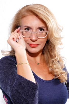 CINZIA RIPAMONTI modella attrice - Start Up Management