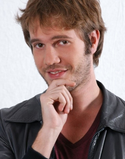 DAVIDE RIZZI modello attore speaker - Start Up Management
