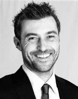 FABIO MACCHI Fabio Macchi modello attore doppiatore Lo Svarione degli Anelli Ganjalf - Start Up Management
