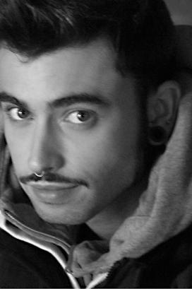 Lorenzo Luracà cantante modello attore - Start Up Management
